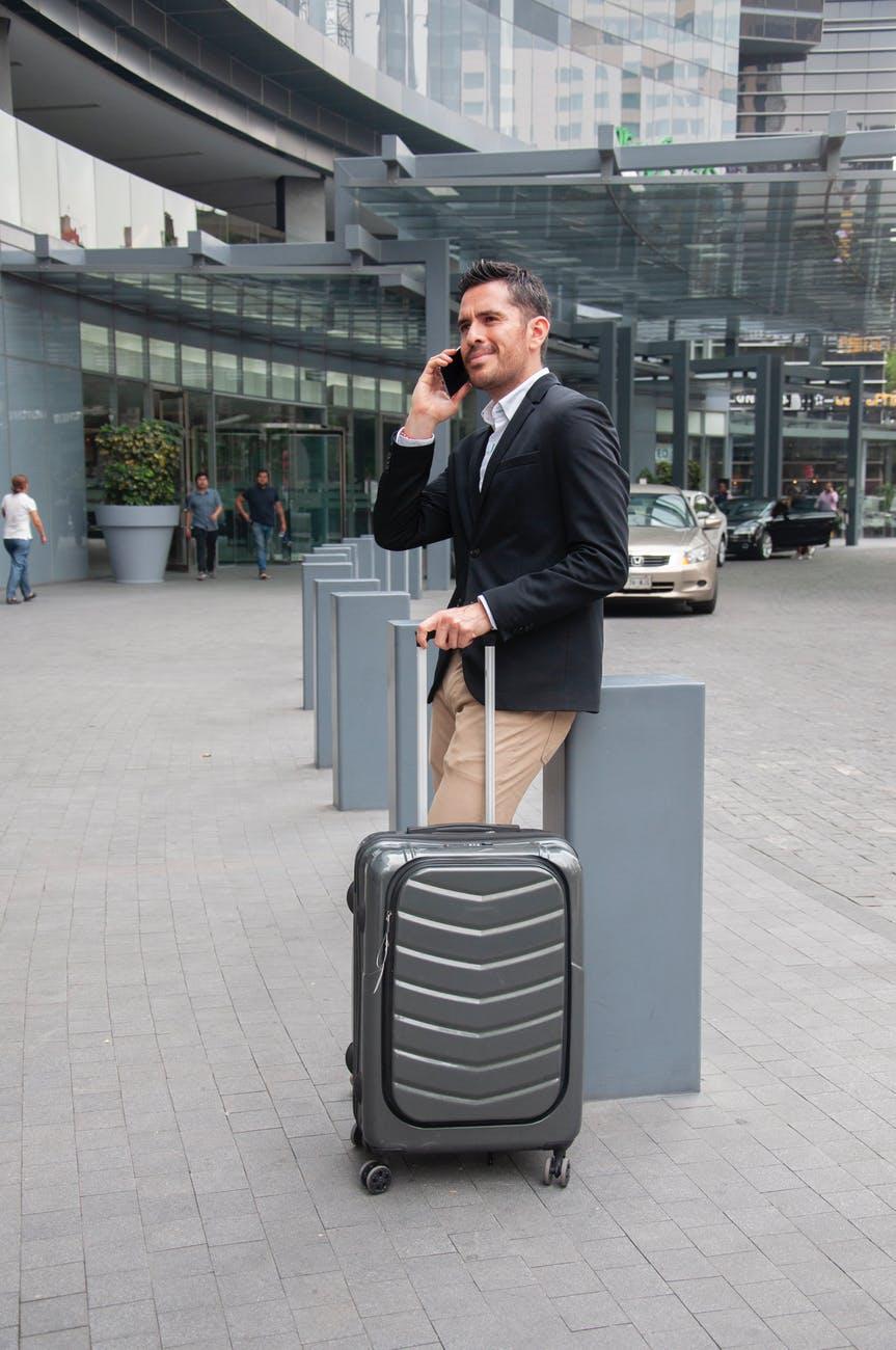 fare ride airport transport